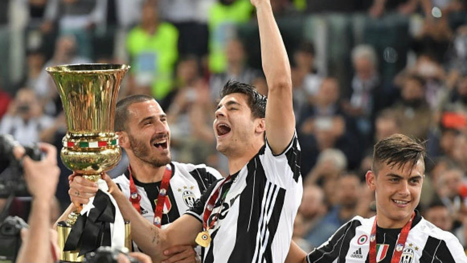 Ekspresi kebahagiaan Juventus meraih gelar Coppa